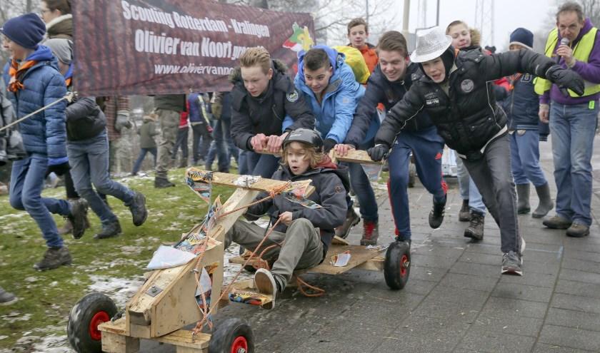 7975279d1ead42 Zaterdag 11 februari hebben de Scouts meegedaan met de vijfde editie van de  zeepkistenrace. Ze hebben een plek op het erepodium gekregen én staan op de  ...